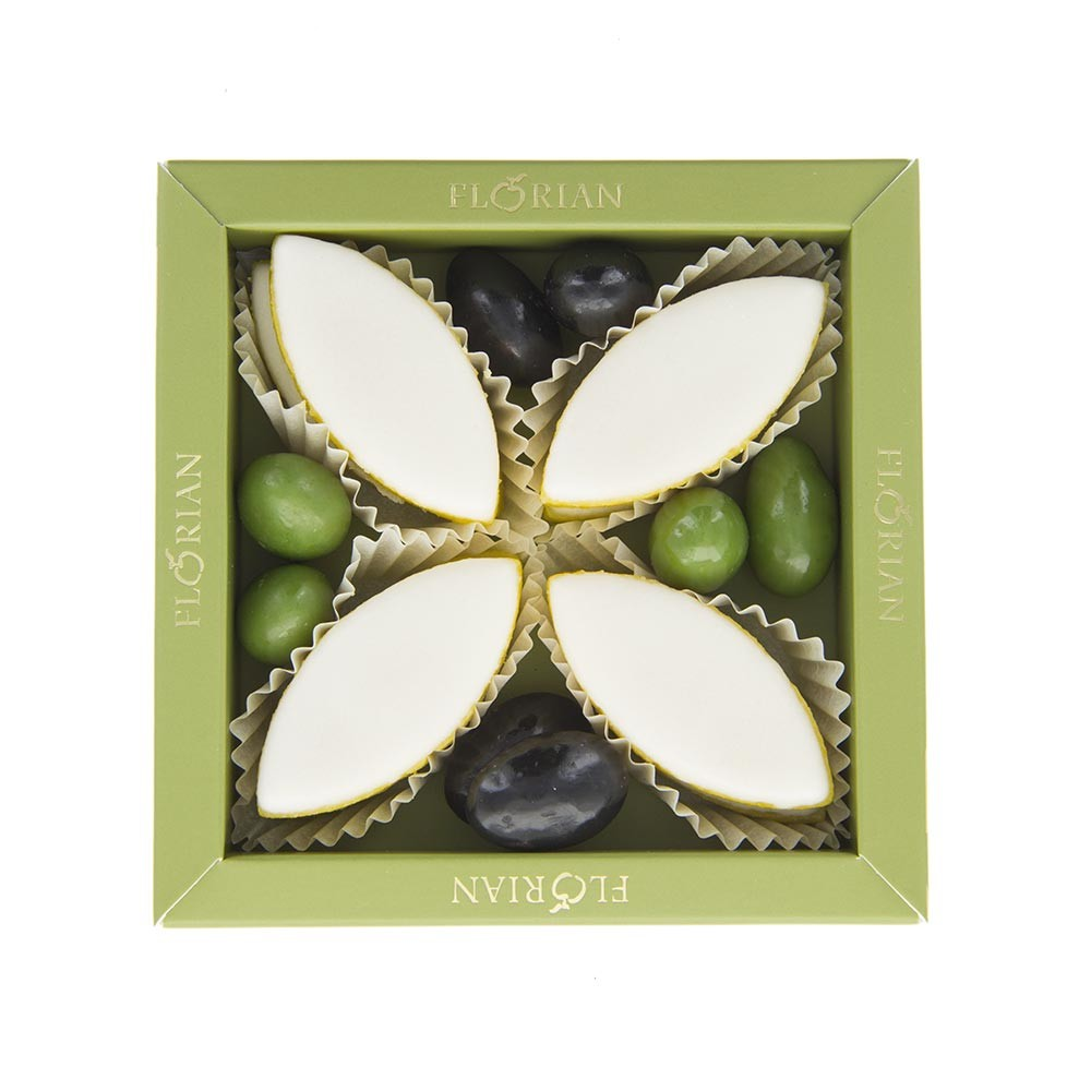 Calissons et olives en chocolat en coffret